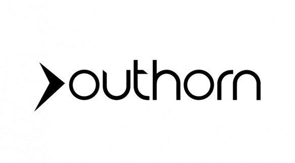 Czapka damska OUTHORN CAD600 błękitna